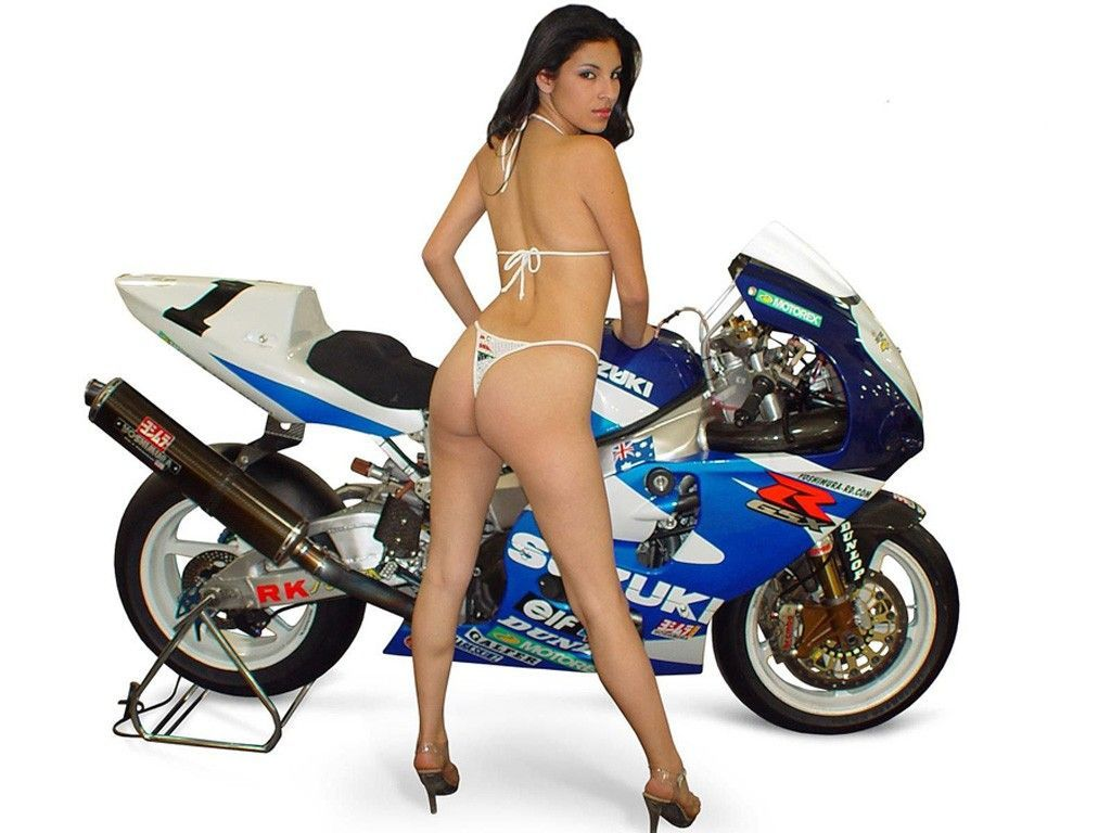 Girls And Dirtbikes Naked
